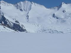 Aufstieg... Blick zurück (mboelli) Tags: skitour lötschenlücke