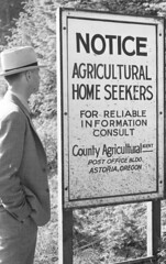 Agricultural homeseekers sign in Clatsop Count...