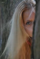 """Tradición -"""" Caá"""" - Yerba mate (-Ana Lía-) Tags: woman argentina donna mujer nikon retrato femme mulher ojos frau mirada amistad mardelplata tradición fotografía yerbamate bondad женщина festejo caá aprehendiz"""