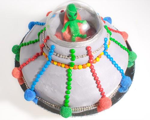 UFO Alien Cake