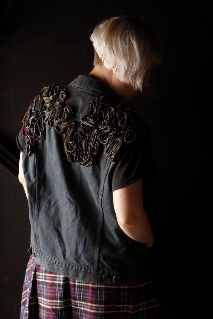 OutsaPop DIY zipper denim vest 2