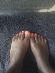 1 (chilltown1) Tags: feet toes ebony