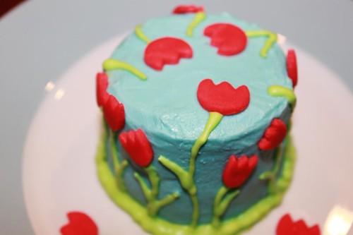 tulip cake top
