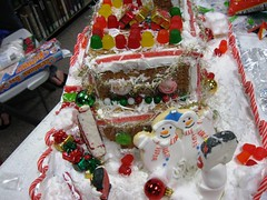 65 (OakGroveLibrary) Tags: mississippi december library contest gingerbread gingerbreadhouse publiclibrary oakgrove hattiesburg lcls oakgrovepubliclibrary december2009 thirdannualgingerbreadhousecontest