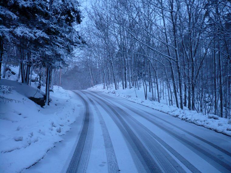 snowingroad