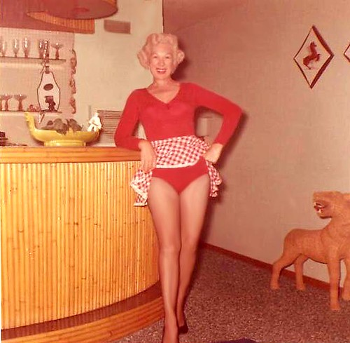 My sexy mom, upskirt, 55 years old. This is my mom's front room in San Diego ...