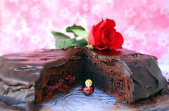 immagine foto Sacher Torte con confettura di rose