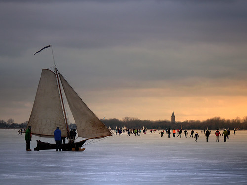 Monnickendam in the winter Anno 2010 by B℮n.