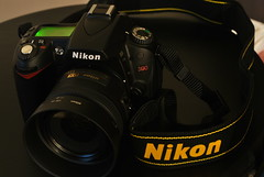 Nikon D90 at Night (CAUT) Tags: longexposure night noche nikon nocturnal le nocturna nikkor dslr d60 nikkorlens largaexposicin largaexposicion d90 18g nikond60 nikond90 afsdxnikkor nikonafsdx afsdx35mmf18g nikkor35mmf18g 35mmf18g nikkorafsdx35mmf18g nikonafsdxnikkor35mmf18g nikonafsdxnikkor35mmf18glens nikkor18g