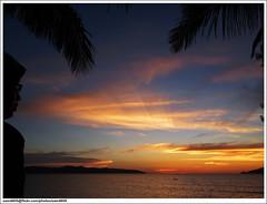 Menikmati matahari terbenam (sam4605) Tags: sunset girl ed olympus malaysia borneo kotakinabalu e1 sabah pantai ums zd sabahborneo 1442mm pantaiums