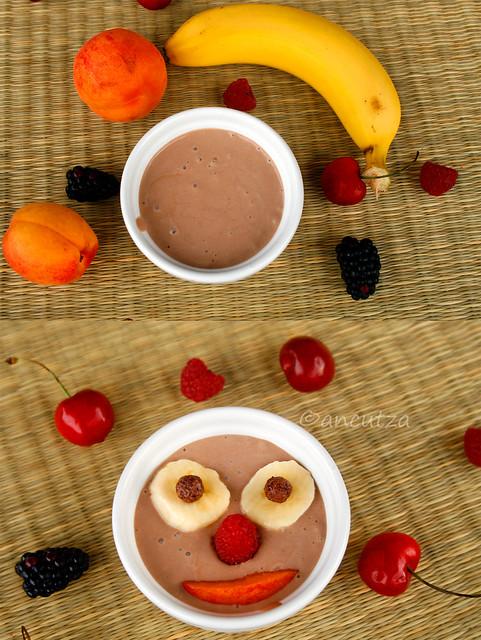 divertente frappè allo yogurt banana cacao