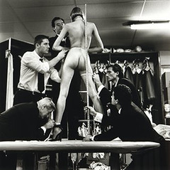 men measuring woman,monte-carlo,1996 by helmut newton.15-25Gs