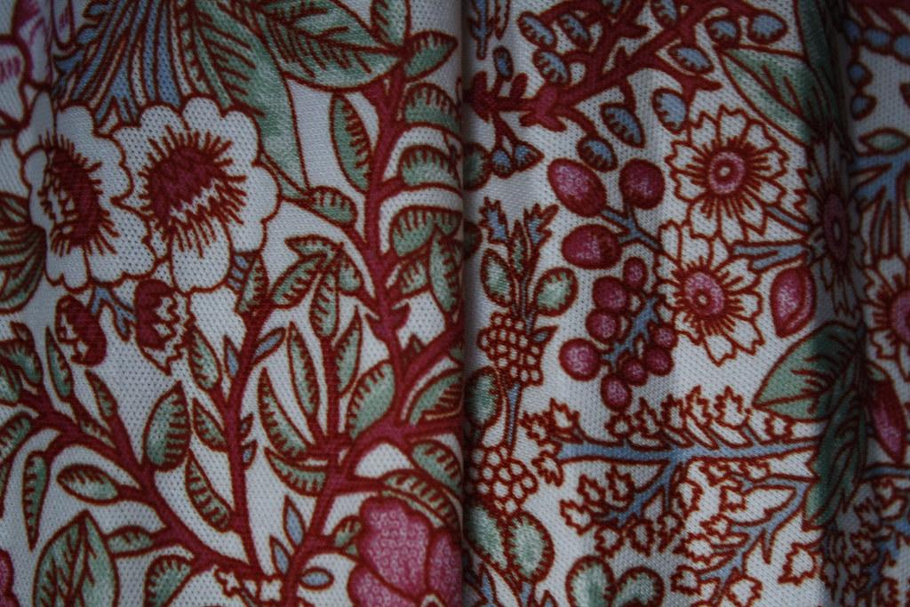 Pskirt detail
