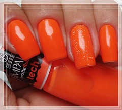 Tech ::Impala:: + Mucuri ::Dote:: (* G * =^.^=) Tags: glitter neon tech laranja impala fluor unhas unha dote esmaltes esmalte mucuri