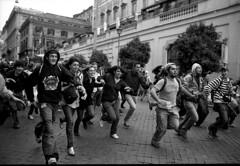 30 ottobre 2008 (Lorenzo Dottorini) Tags: italy rome roma student nikon italia kodak tmax400 onda manifestazione fe2 ondaanomala nogelmini