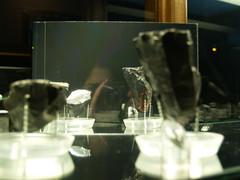 Pau-toritratto (muccarolina) Tags: sardegna red black olympus autoritratto museo pau specchio oristano obsidian inaugurazione ossidiana