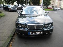 Rover in Dusseldorf (sina.pour) Tags: de krefeld dusseldorf rhine