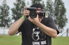 Poser ! (Tiago De Brino) Tags: poser nikon sigma f28 darkside 2470mm d90 sb900 tiagodebrino