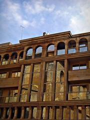 Integración (toni carrero) Tags: españa spain arquitectura catedral ventanas reflejo albacete edificiotoscana
