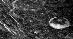 Vista de Dione por Cassini