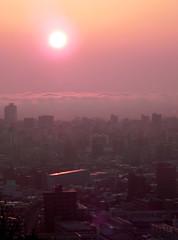 朝日 Sunrise and Sapporo (anniemaggiemay) Tags: japan sunrise sapporo nikon hokkaido cityscape earlymorning 北海道 札幌 旭山記念公園 asahiyamamemorialpark 旭山記念公園 札幌