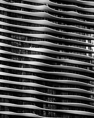 (Cycle the Ghost Round) Tags: city urban blackandwhite bw usa chicago skyscraper illinois gbrearview loop unitedstatesofamerica residential canoneos5d aquatower canonef70200mmf28lisus
