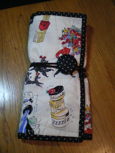 Sewing organizer outside