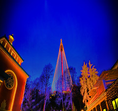 Light up the Winter (JFess4) Tags: santa christmas blue winter light cold tree vinter sweden gothenburg liseberg hour claus jul tomte kallt
