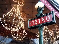 Paris Metro (by: Adam Tinworth, creative commons license)