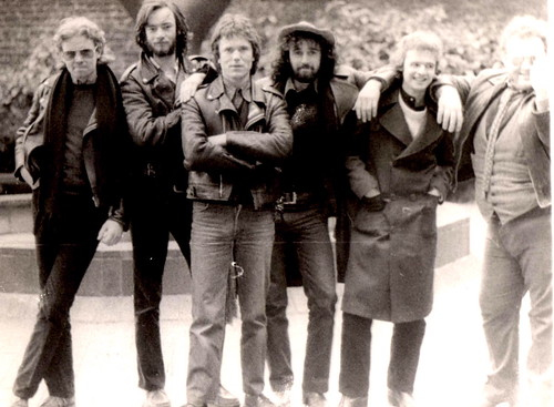 Rocky DeValera & Gravediggers