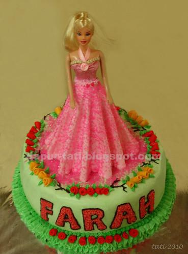 Pinky Barbie Cake