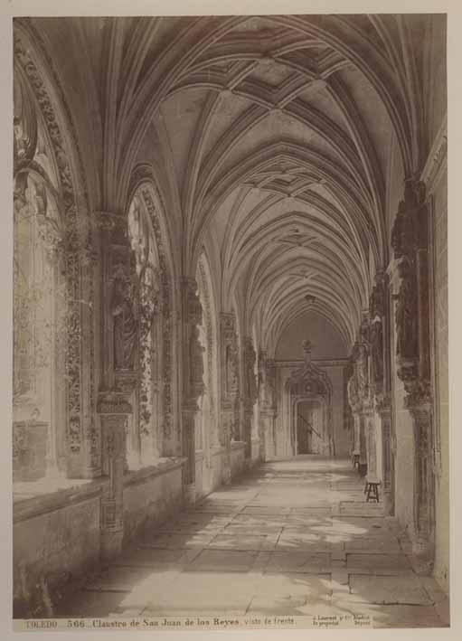Claustro de San Juan de los Reyes en el siglo XIX: Fotografía de Jean Laurent