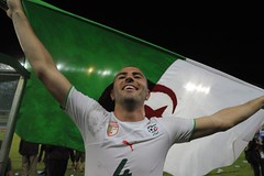 "Antar Yahya! "" 1, 2, 3 Vive L'Algrie! "" (menosultra) Tags: cup algeria football team african soccer egypt can mai national algerie coupe algrie karim 2010 angola afrique   socer ziani lquipe    algrienne  matmour yebda haliche"