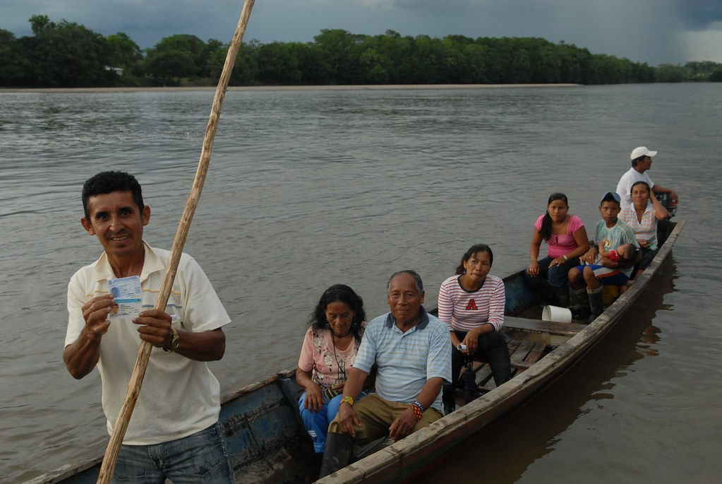 UNHCR News Story: In northern Ecuador, mobile teams bring rights to Colombian refugees