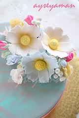 Şeker hamurundan çiçekler