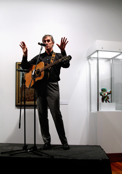 2010.03.10_Robert Forster at Potter Museum opening_400