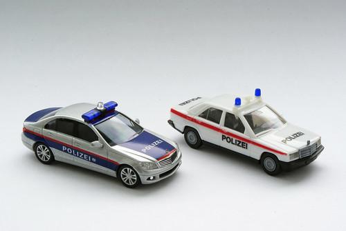 """Mercedes C-Klasse und 190 """"Polizei Österreich"""""""