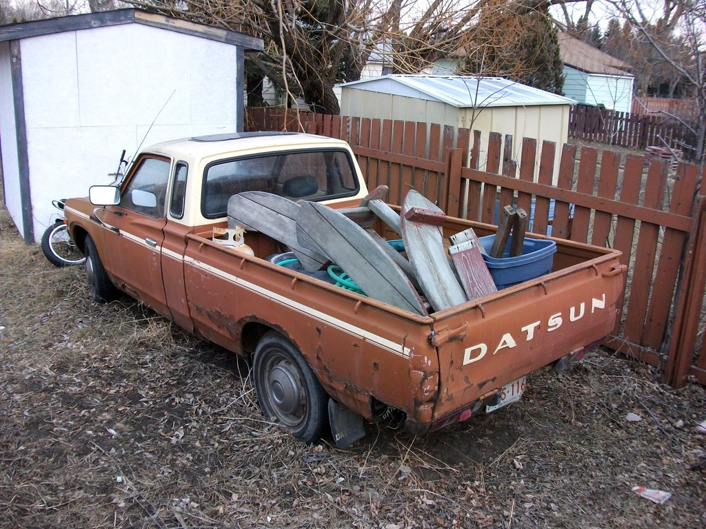 Datsun 620 King Cab truck with sun roof