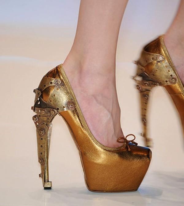 alexander mcqueen SS2010 metal heels 2