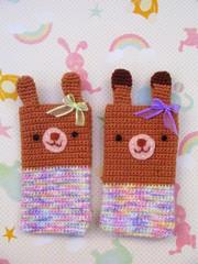 Coelhas Hello Veri (Veri R. << Hello Veri >>) Tags: rabbit bunny handmade crochet cellphone superdrops protetordecelular
