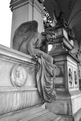Bianco e Nero #2 (Angelo dell'Attesa) (~Miel) Tags: burial statue angel tomba cimitero biancoenero blackandwhite dramatic roma verano rome cemetery nikond5200 nikon postproduzione principiante beginner photoshop
