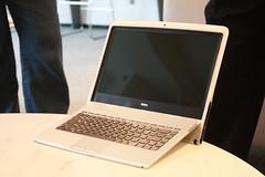 4036521252 6bb16c8fd0 m Dell Adamo XPS   Weitere Bilder und das Aha Effekt Video *Update*