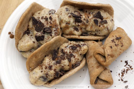 cannoli 'tacos' and 'wraps'