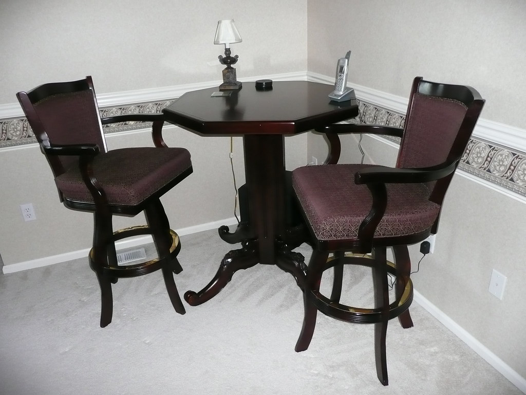 Gorgeous LIDO PUB SET from Beach Manufacturing - 2 swivel chairs & table