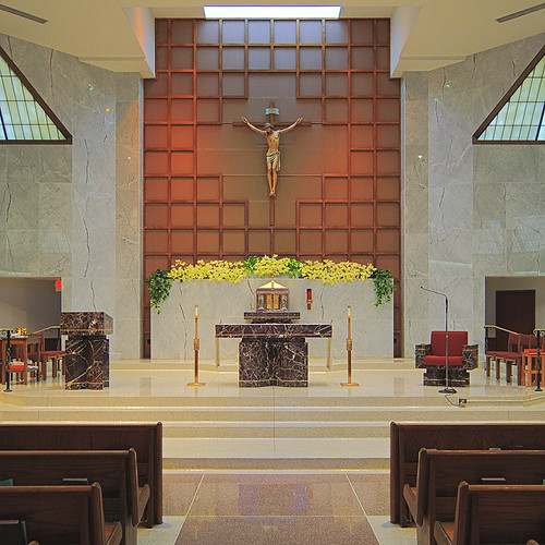 Holy Infant Roman Catholic Church, in Ballwin, Missouri, USA - sanctuary