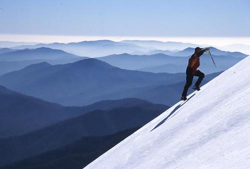 Climbing Mount Feathertop