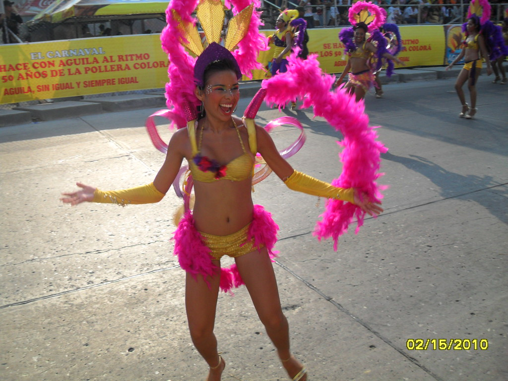 Milfs em ritmo de carnaval