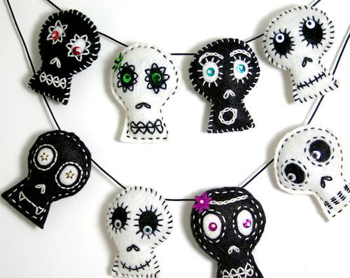 B+W Skulls