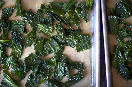 kale, ready to bake into chips. really. by smitten.