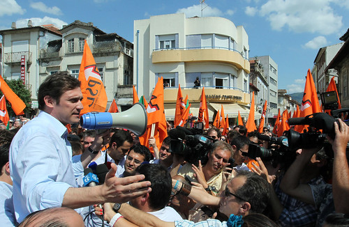 Pedro Passos Coelho arruada nas ruas de Chaves